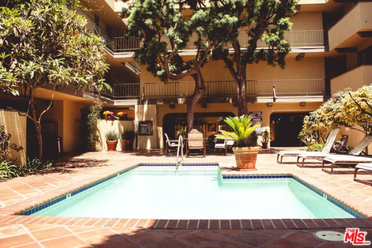 1 Bed Home for Sale in Santa Monica, California
