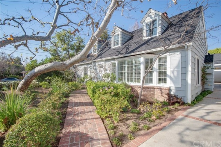 3 Bed Home for Sale in Los Angeles, California