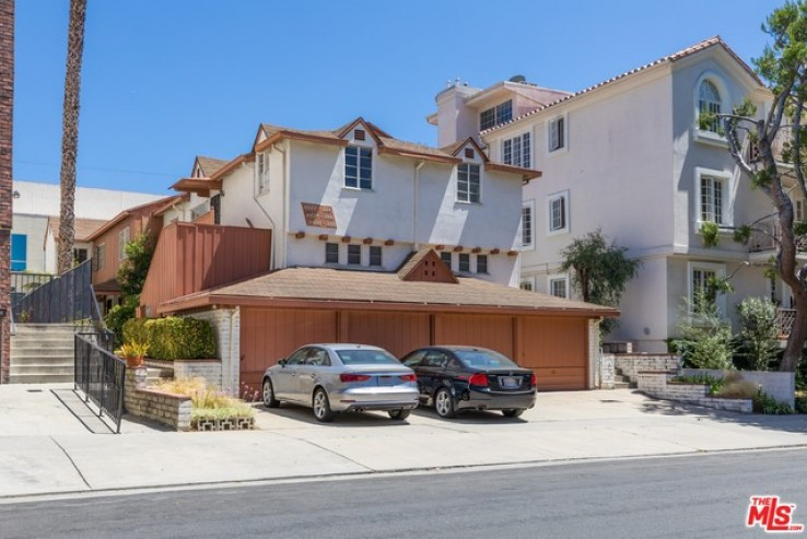 Income Home for Sale in Los Angeles, California