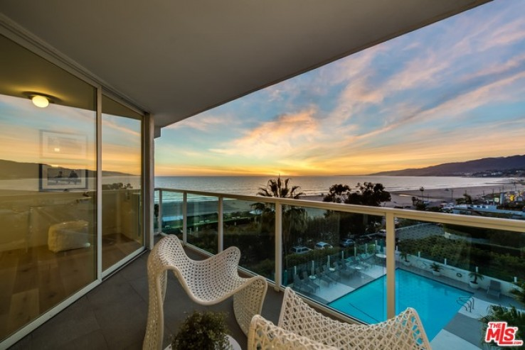3 Bed Home for Sale in Santa Monica, California
