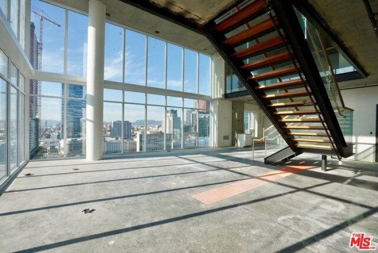 Ten50 Downtown Los Angeles Luxury Penthouse