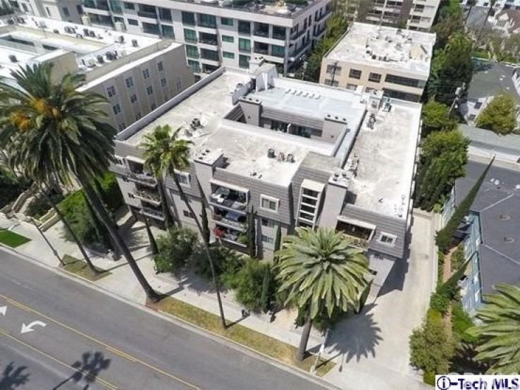 2 Bed Home for Sale in Beverly Hills, California