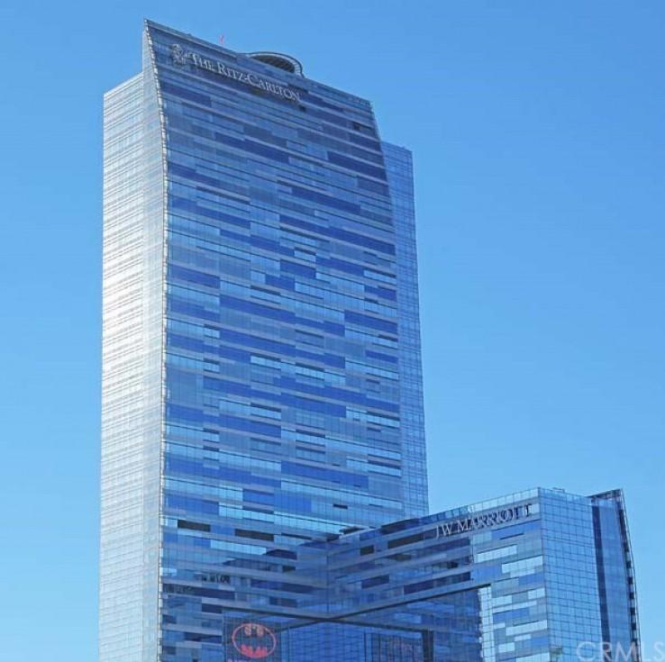 Ritz Carlton Residences World Class Amenities 39B