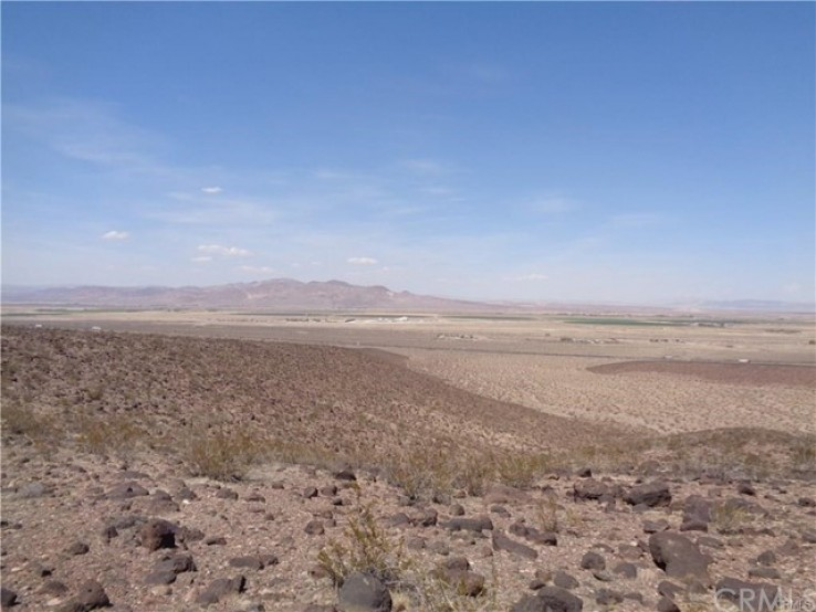 Land for Sale in Newberry Springs, California
