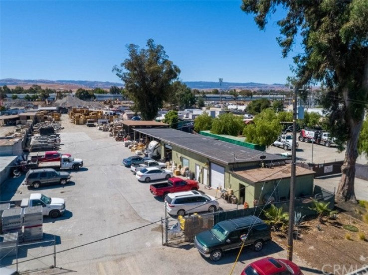 Commercial for Sale in Livermore, California