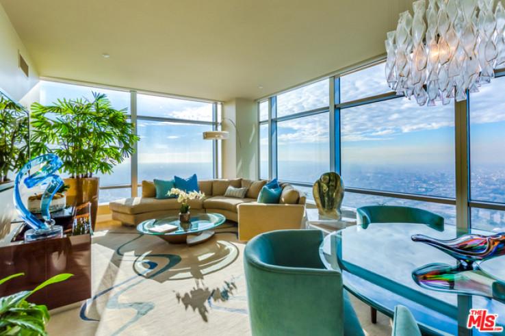 47th Floor Amazing Views at the Ritz Carlton