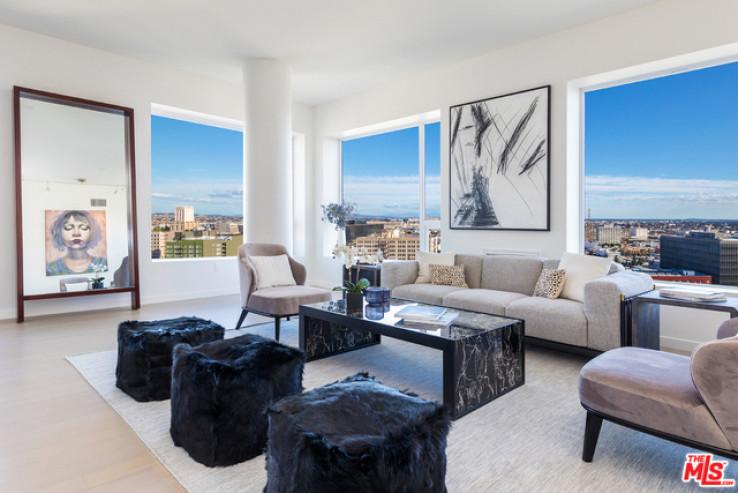 Outstanding Penthouse DTLA