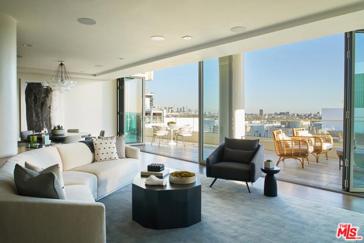 Oversized Fully Furnished Penthouse