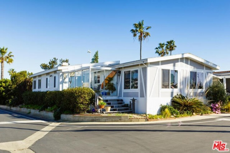 2 Bed Home for Sale in Malibu, California