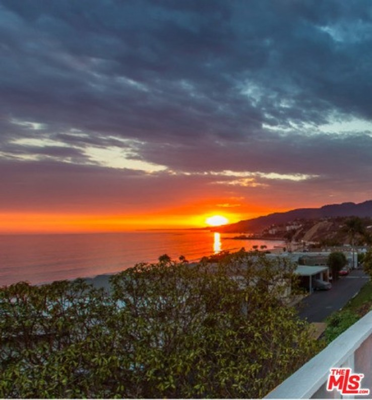 2 Bed Home for Sale in Pacific Palisades, California