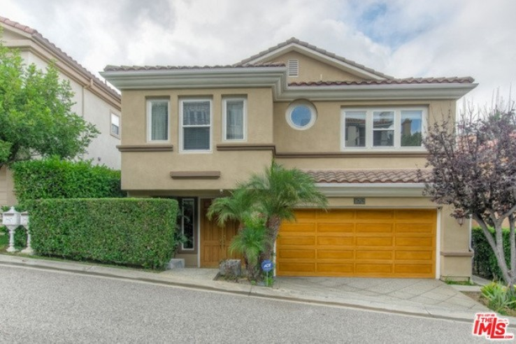 4 Bed Home for Sale in Pacific Palisades, California