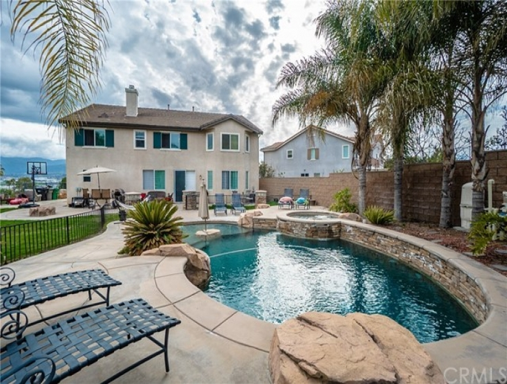 6 Bed Home for Sale in Corona, California