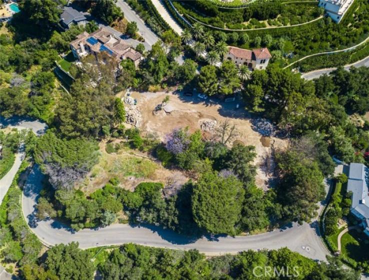 Land for Sale in Bel Air, California