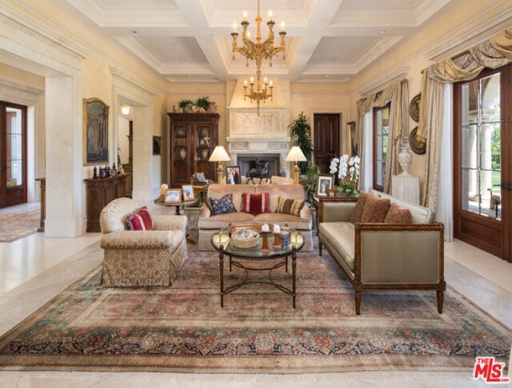 20 Bed Home for Sale in Beverly Hills, California