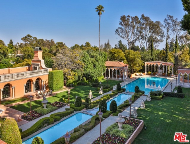 18 Bed Home for Sale in Beverly Hills, California