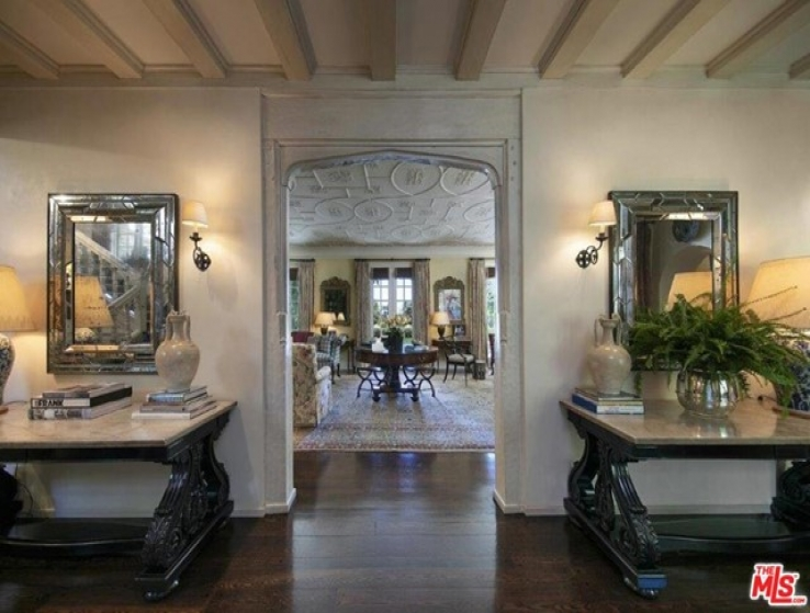 5 Bed Home for Sale in Beverly Hills, California